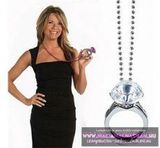 Óriás gyémánt eljegyzési gyűrű nyaklánc