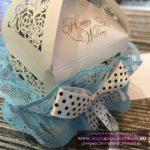 Legényfogó kék csipke pöttyös masnival csipkés dobozban