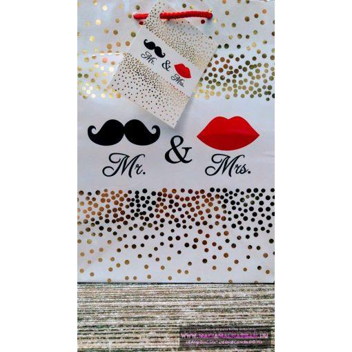 Ajándéktasak Mr&Mrs fehér/arany